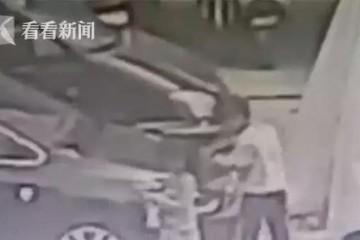 新车被熊孩子划伤,车主反遭家长投诉,网友不淡定了