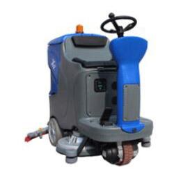 旧尼驾驶式洗地机X7